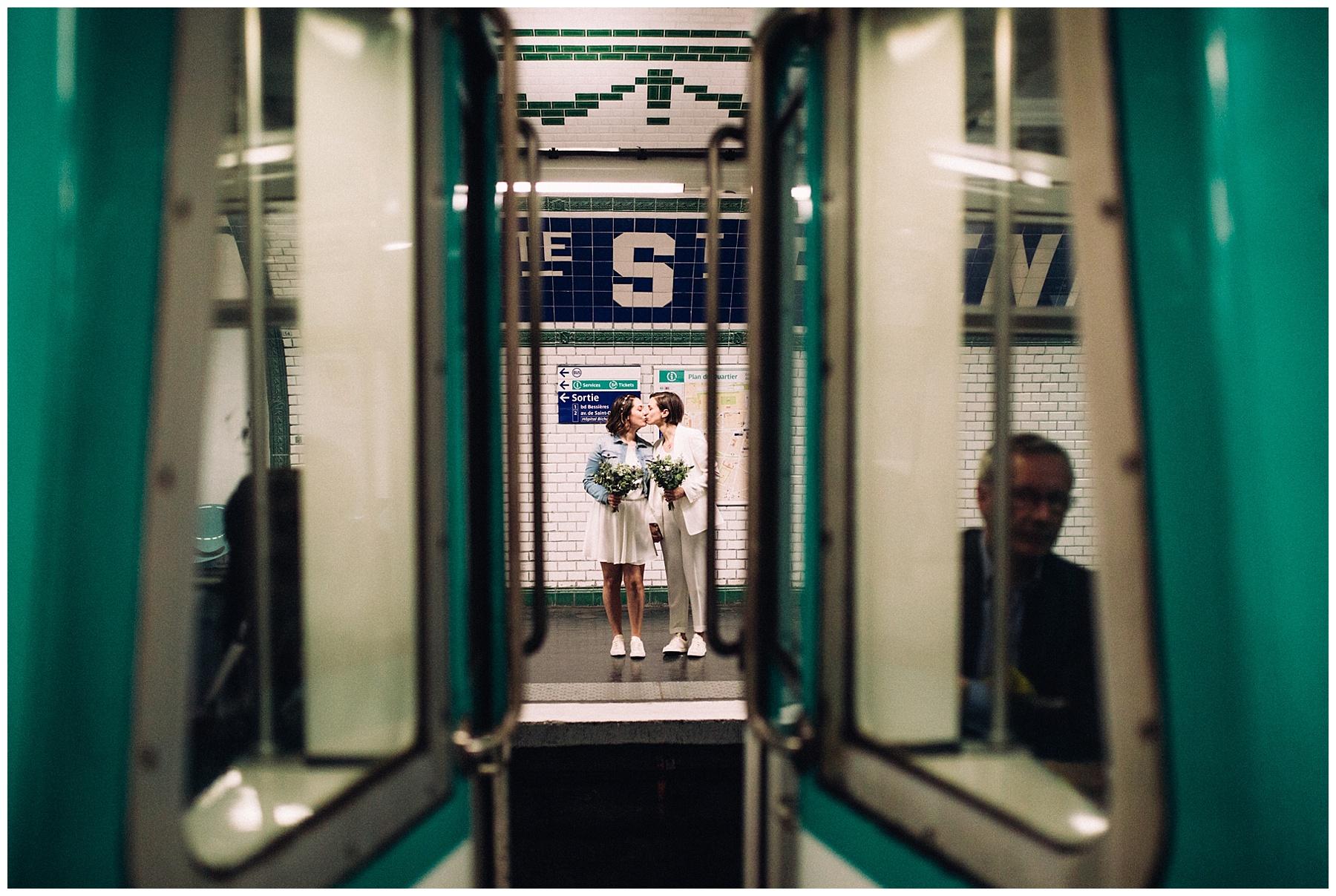 Photographe mariage Paris metro
