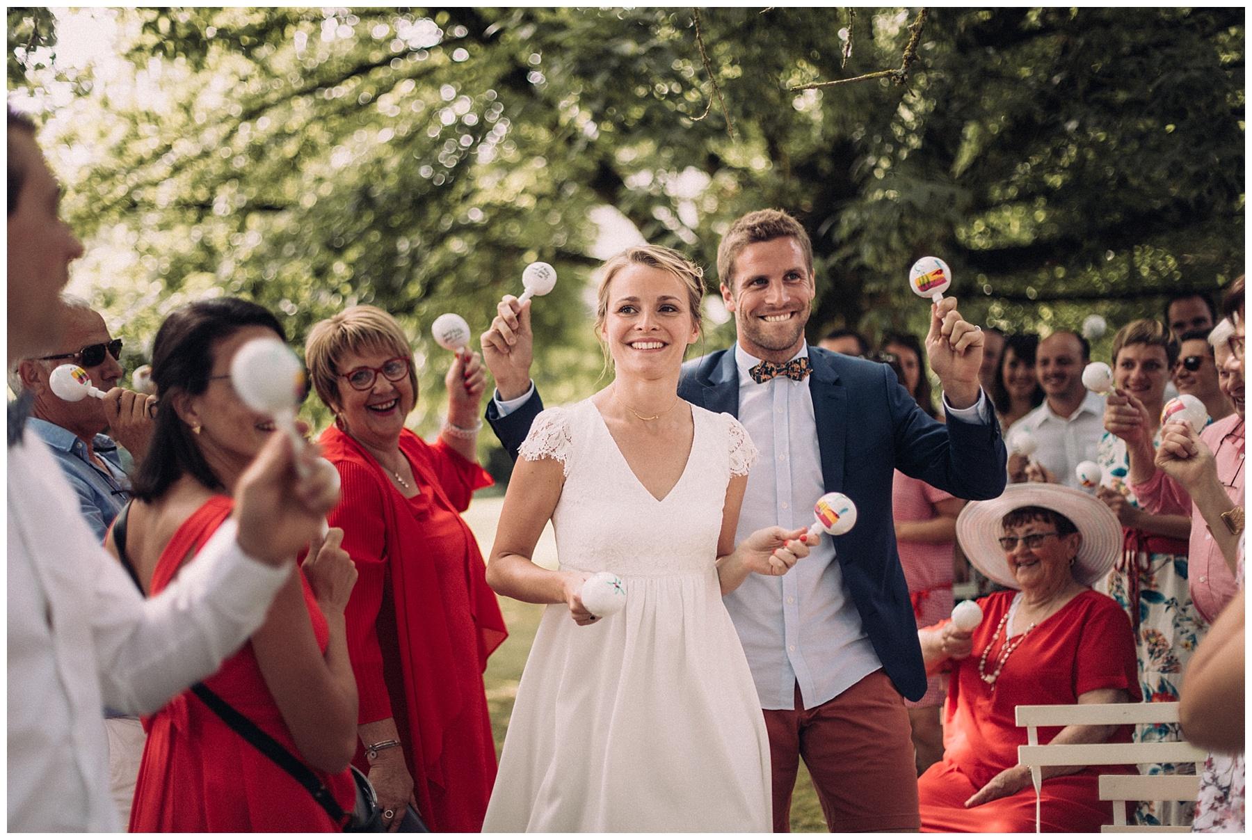 Photographe mariage guinguette decontracte