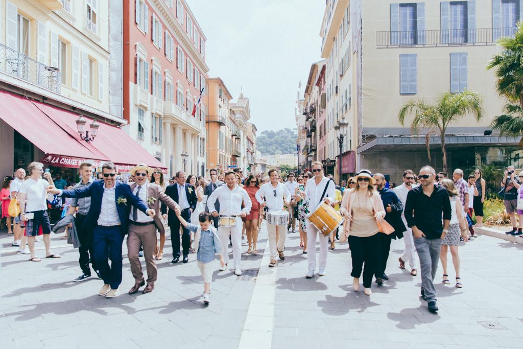 Mariage dans les rues de Nice Fanfare