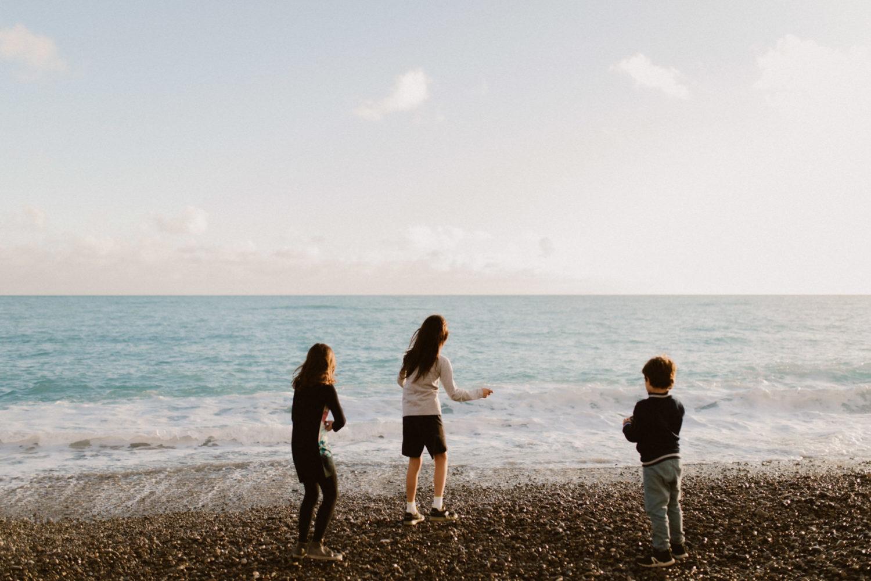 Photographe Famille à Nice plage promenade des anglais
