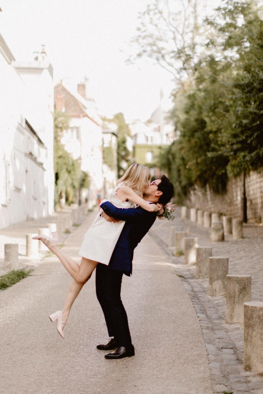 mariage dans les rues de Montmartre